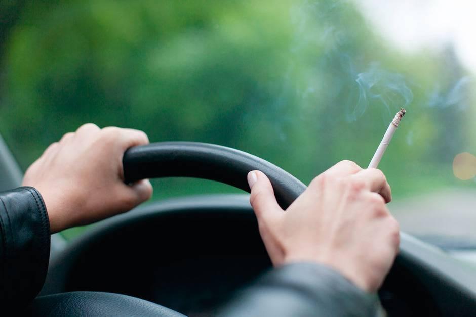 Как избавиться от запаха табака в машине, дедушкины способы