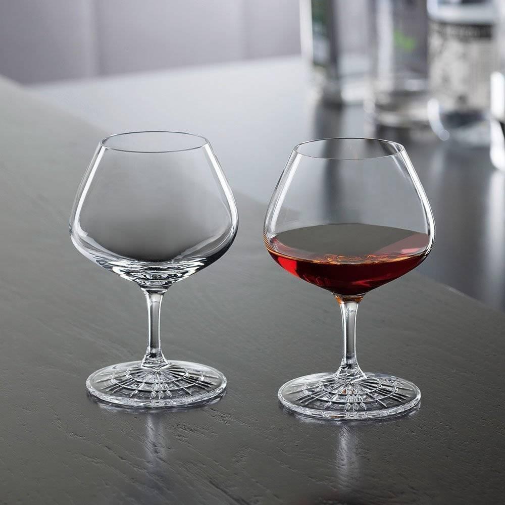 Особенности выбора стаканов или бокалов для виски