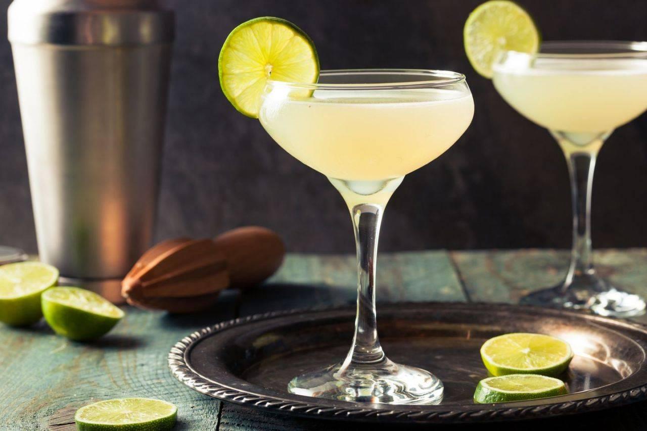 Коктейль «дайкири» / алкогольные коктейли / tvcook: пошаговые рецепты с фото