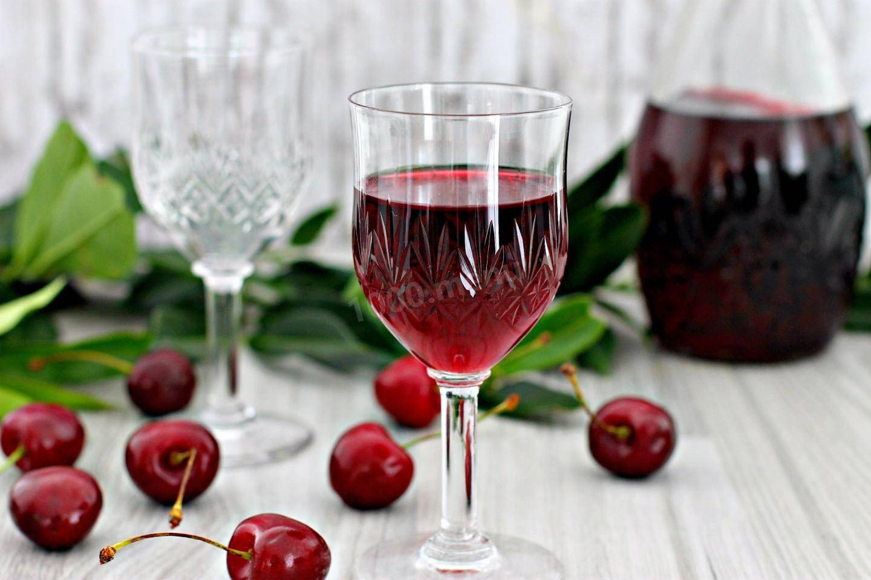 Наливка вишневая в домашних условиях на водке