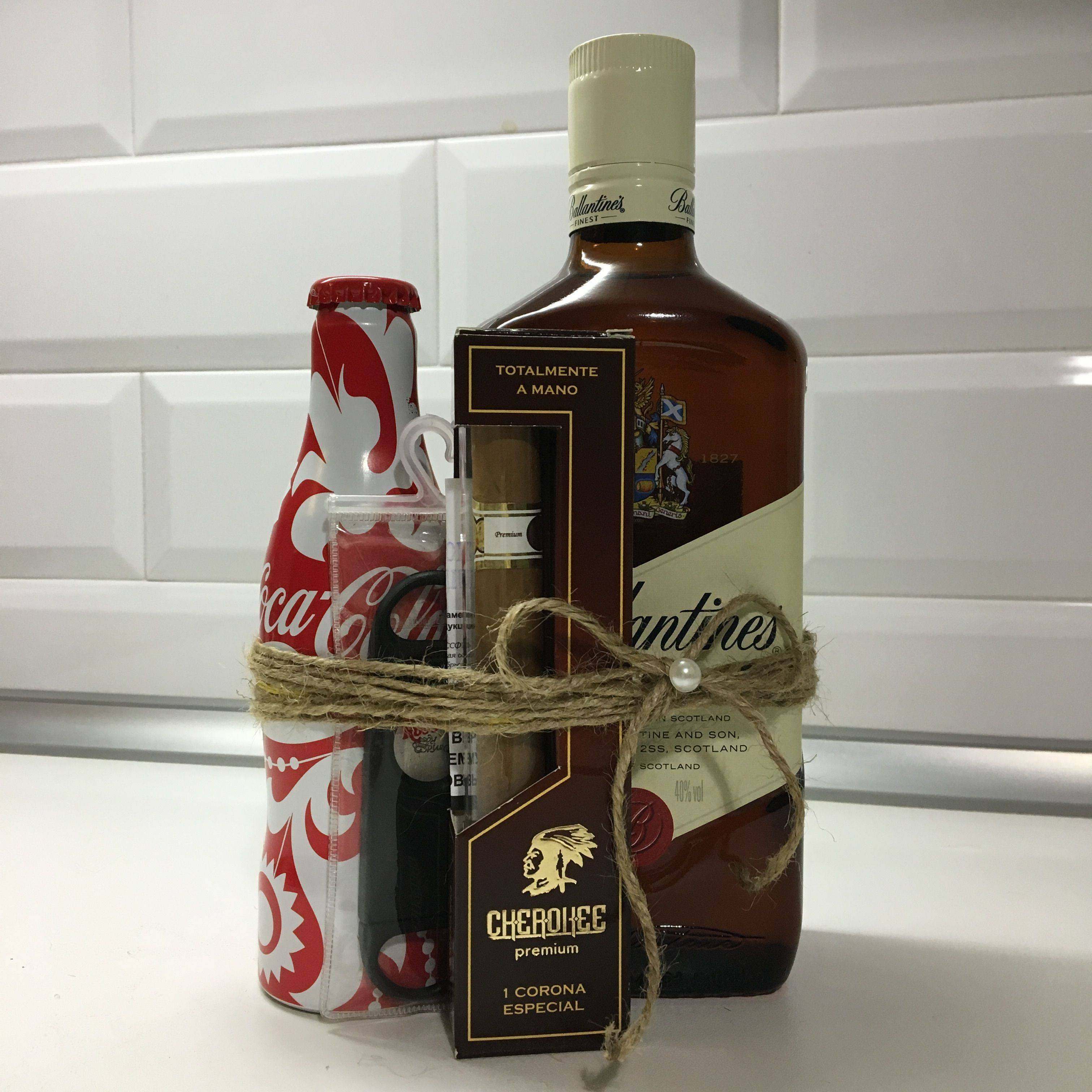 Как выбрать виски в подарок мужчине: алкоголь и аксессуары в подарочной упаковке