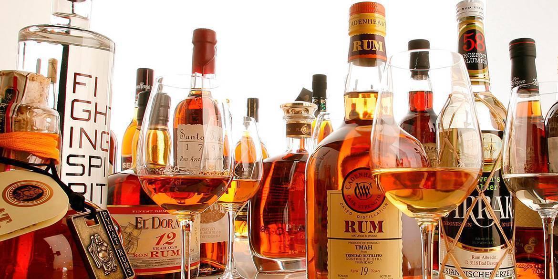 История рома: происхождение крепкого алкогольного напитка пиратов, отважных моряков и настоящих мужчин, а также его подробная классификация | mosspravki.ru