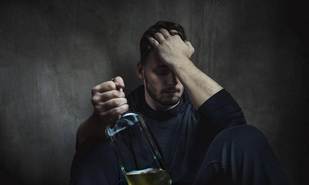 Он стал алкоголиком, потому что в детстве… события, ведущие к зависимости