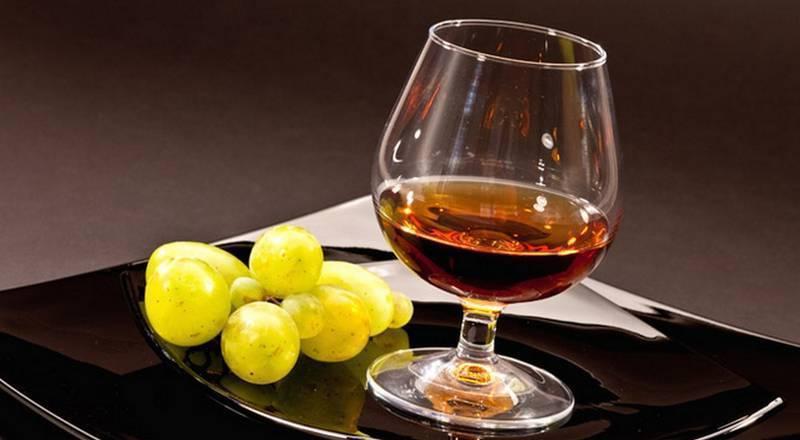 Коньяк, мед, лимоны, яйца. как сделать домашнее лекарство, рецепт
