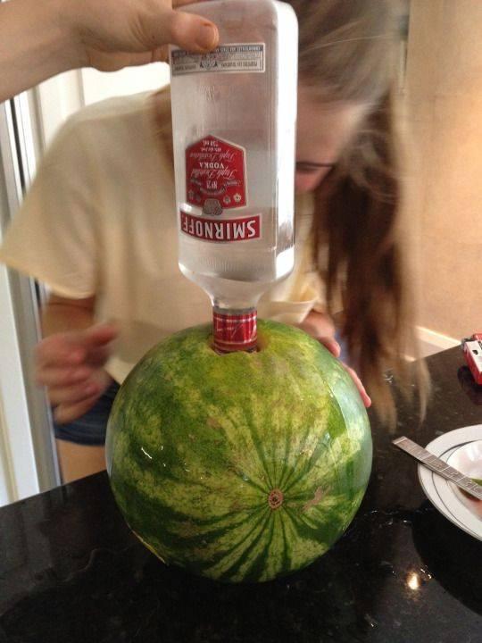 Рецепты пьяного арбуза: готовим вкусную водку дома