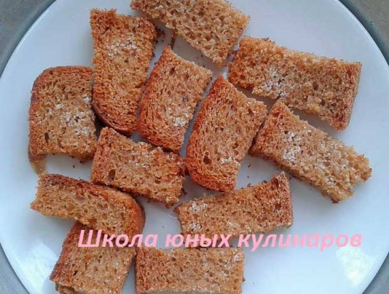 Сухари в духовке, температура ? как приготовить дома на сковороде чесночные, ржаные из хлеба, вкусные сухарики