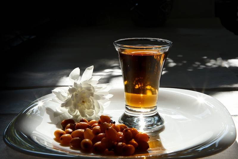 ᐉ водка с медом от простуды рецепт пропорции - godacha.ru