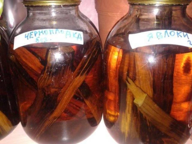 Настойки и наливки из самогона: лучшие рецепты, как приготовить