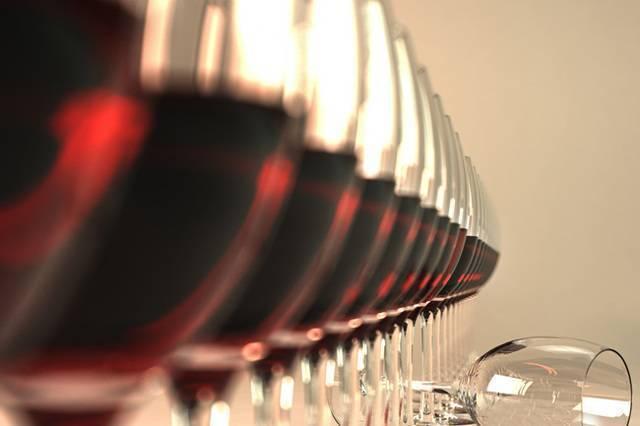 Как проявляется, чем грозит и что делать при передозировке алкоголем? чем опасна передозировка алкоголем