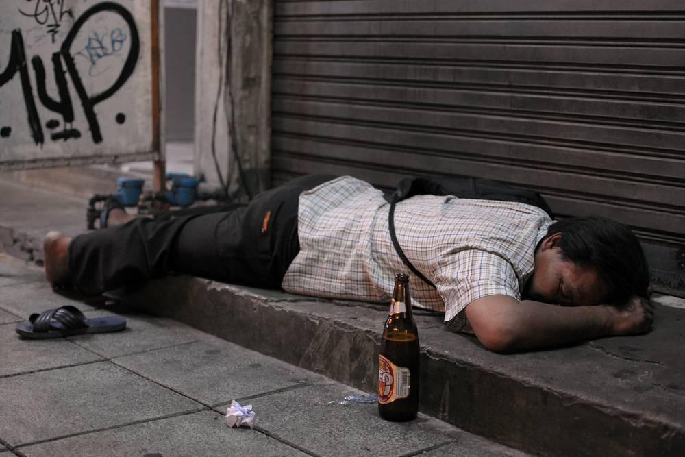 Смерть от алкоголя: статистика отравления, смертность, можно ли умереть от похмелья, замена этиловому спирту