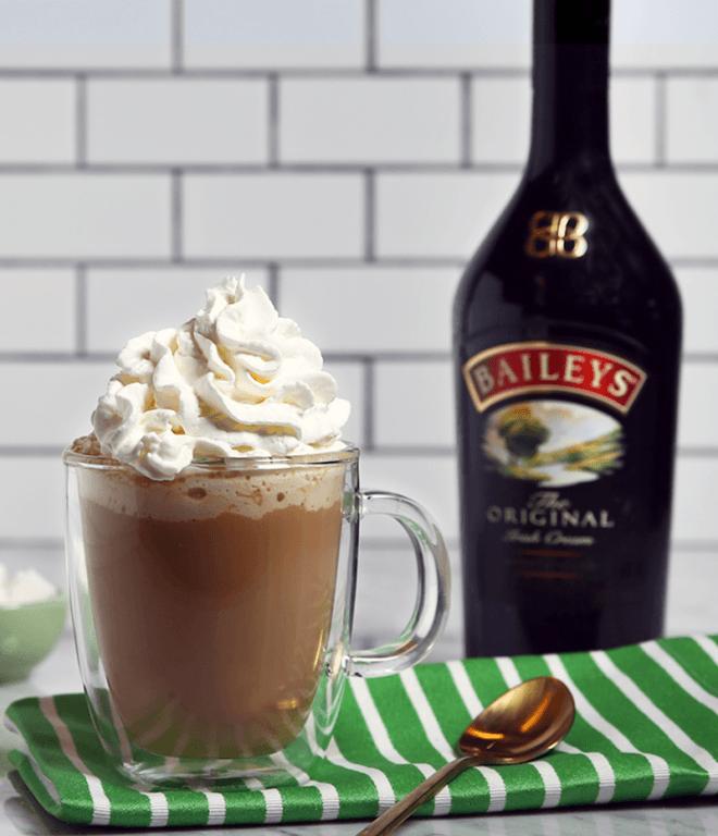 Кофе с ликёром - классический и другие рецепты