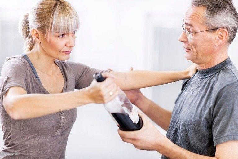Как помочь алкоголику бросить пить – 5 полезных советов