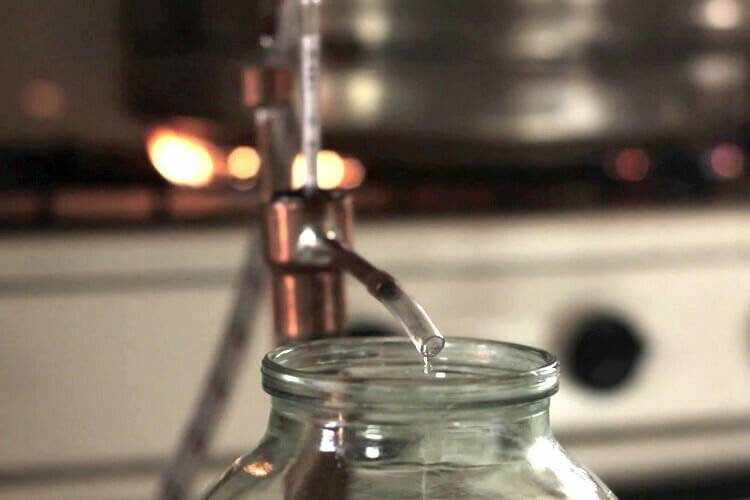 Причины появления и методы устранения горечи в самогоне. как убрать горечь самогона