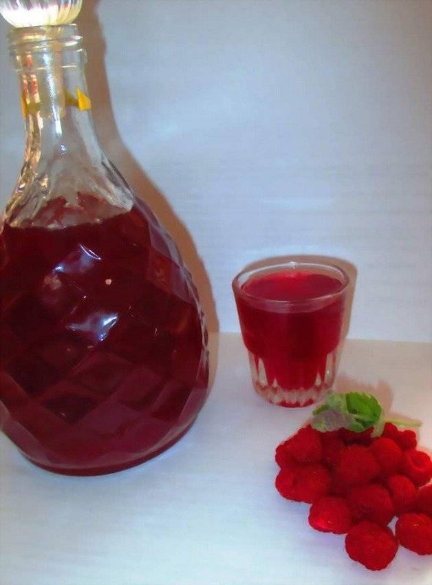 Готовим и пьем малиновый ликер с удовольствием. как приготовить в домашних условиях?