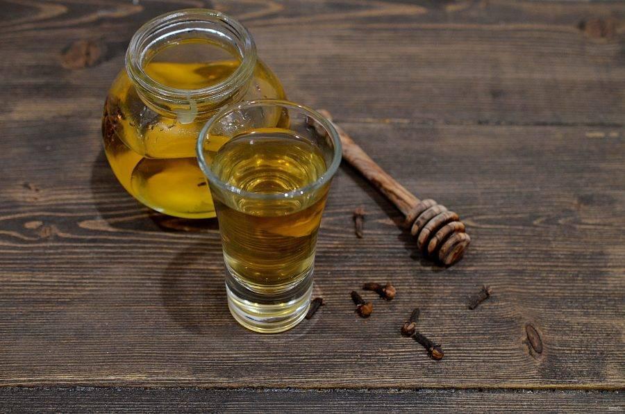 Рецепты медовой водки в домашних условиях: это необходимо знать