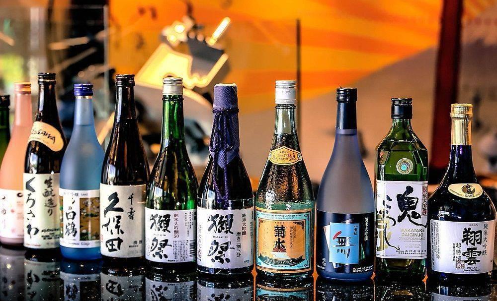 Как правильно пить саке - 2 способа