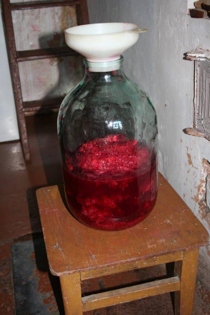 Малиновое вино - пошаговый рецепт в домашних условиях