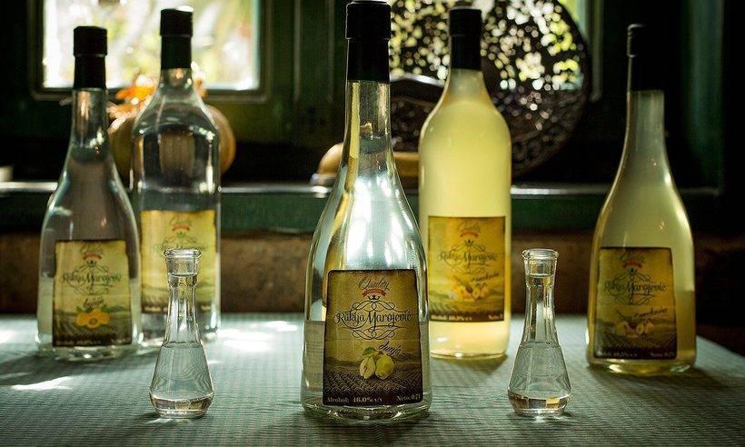 Турецкая водка: что это такое, из чего делаю, как правильно пить раки