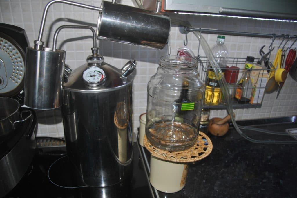 Как правильно гнать самогон в домашних условиях? весь процесс по шагам | про самогон и другие напитки ? | яндекс дзен