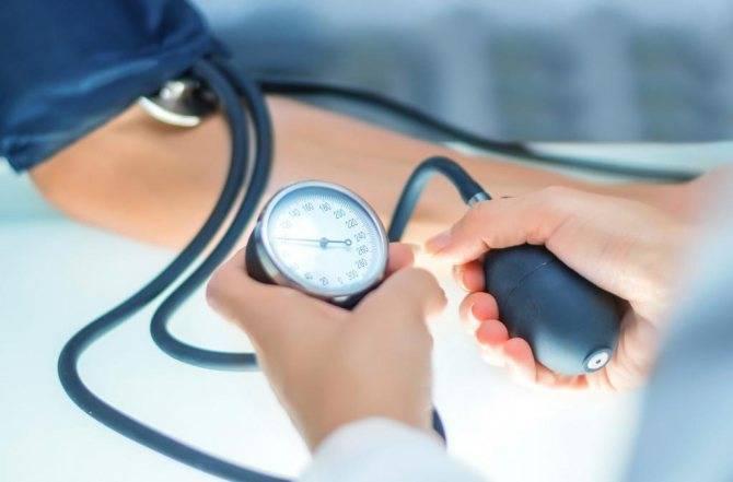 Коньяк повышает или понижает давление: мнение врачей