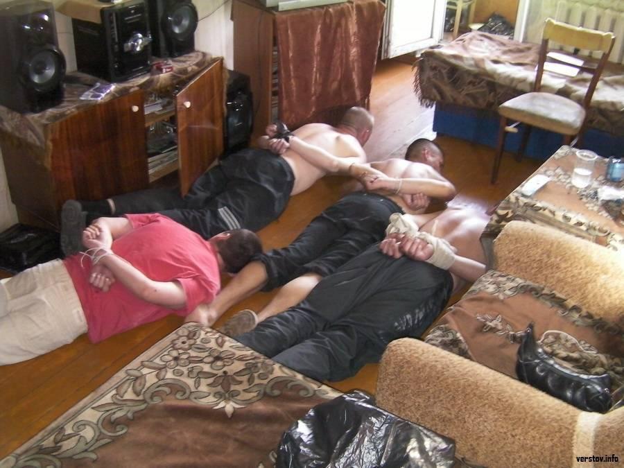 Зачем начинать бороться с соседями алкоголиками?