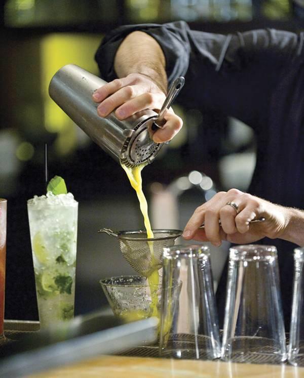Как пить абсент и готовить алкогольные коктейли на его основе? - для женщин