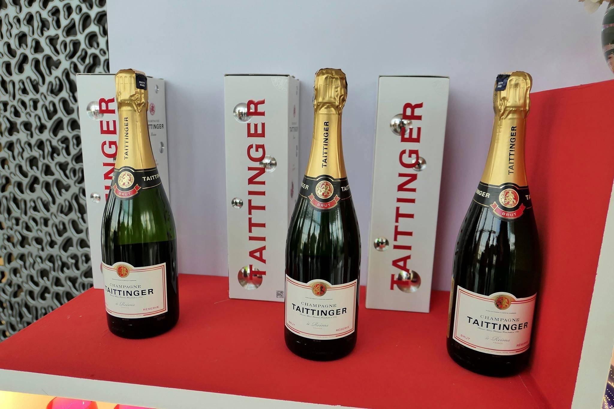 Топ 4 лучших шампанских в российских магазинах: обзор, фото