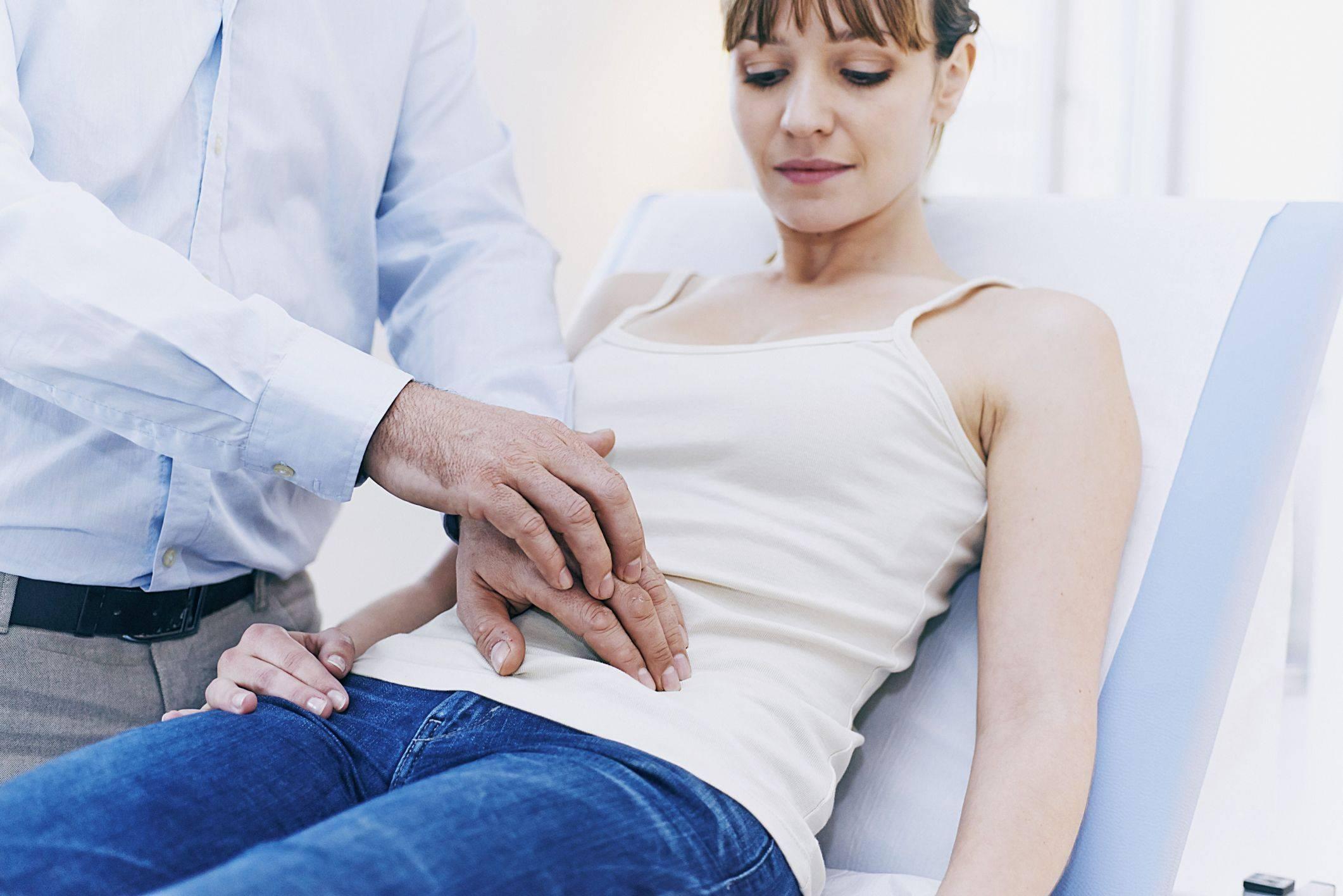 Народные средства от боли в желудке: лечение, что делать, если болит живот