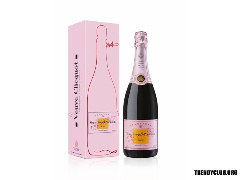 Итальянский коктейль с шампанским и клубникой - рецепт с фото