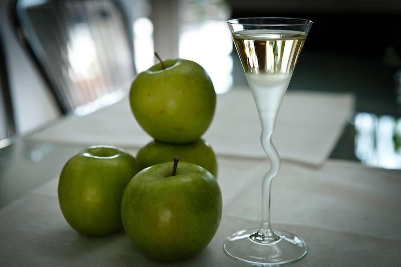 Брага из яблок для самогона: 5 рецептов в домашних условиях