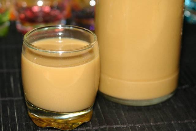 Яичный ликер в домашних условиях на водке. яичный ликер рецепт