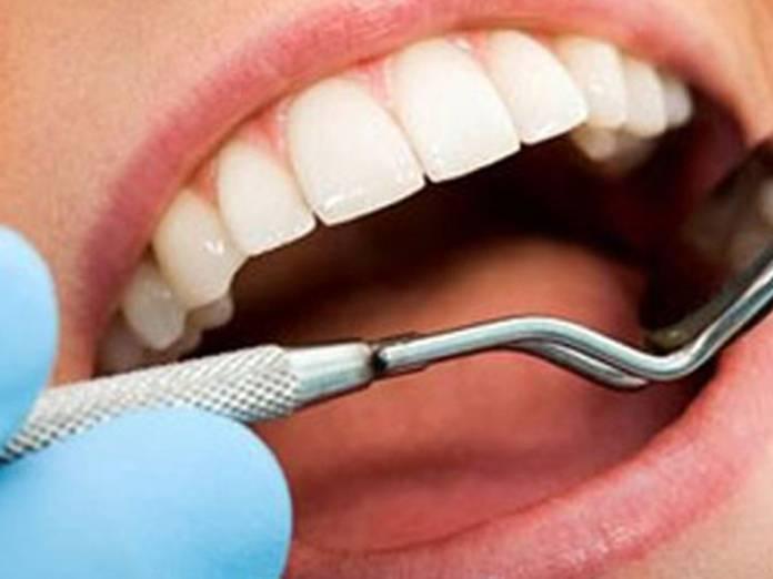 Курение после удаления зуба: когда можно выкурить первую сигарету?