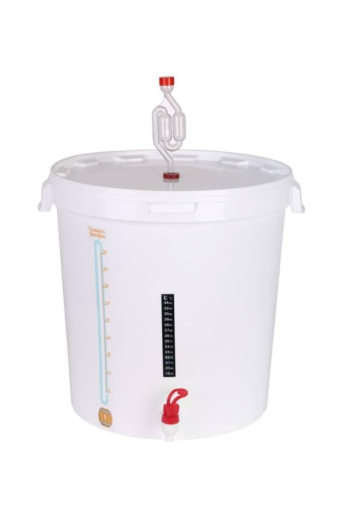 Емкость для браги: баки, фляги, бочки, бродильные емкости с гидрозатвором, а также сколько и как можно хранить брагу перед перегонкой