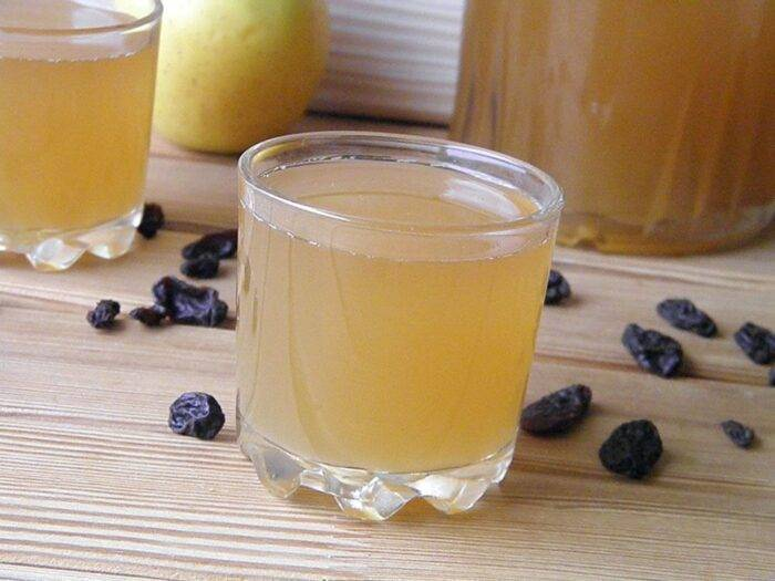 Квас из березового сока: бодрящий напиток от самой природы