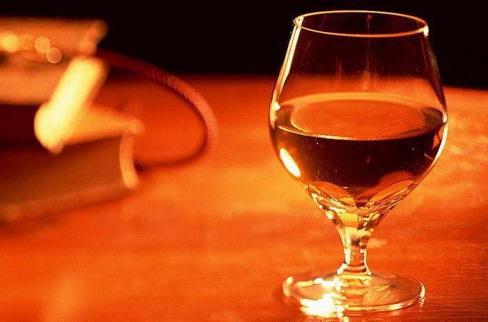 Технология приготовления карамельного красителя для коньяка, спирта или самогона