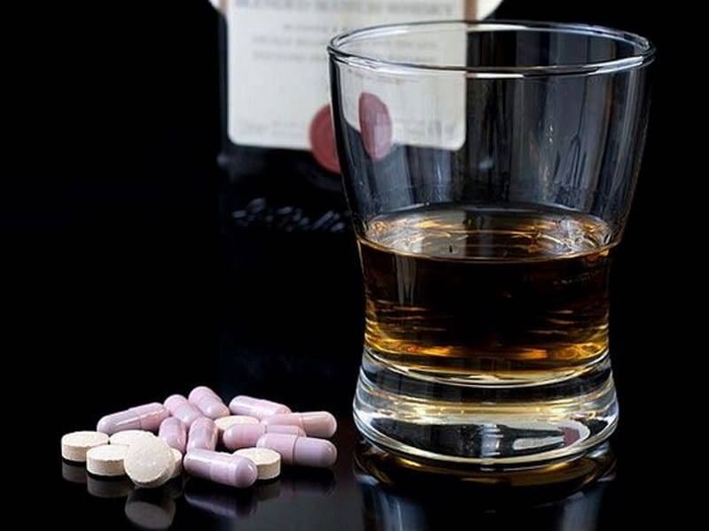 Совместимость линекс и линекс форте с алкоголем: можно ли пить