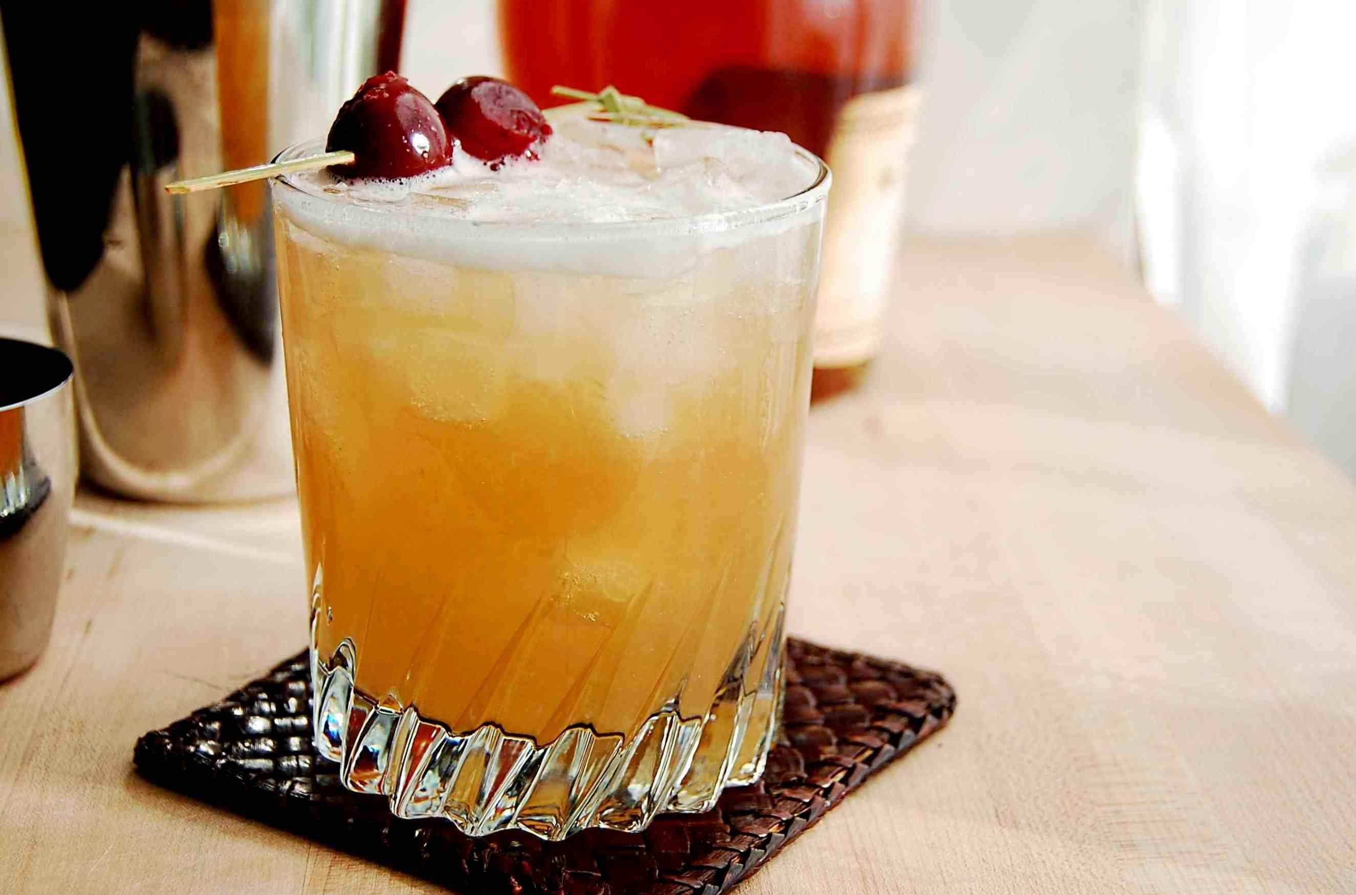 Методы приготовления коктейлей: билд, стир, шейк, бленд…