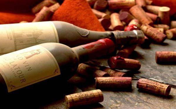 Красное полусладкое вино - как выбрать лучшее, какое самое вкусное - названия топ-марок, рейтинг