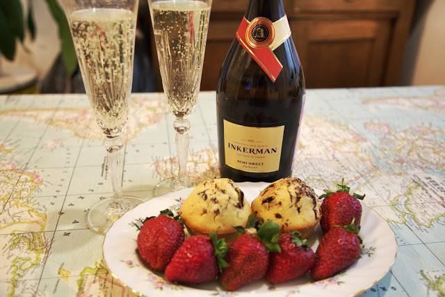 Чем закусывать шампанское разных сортов: примеры закусок, рецепты приготовления