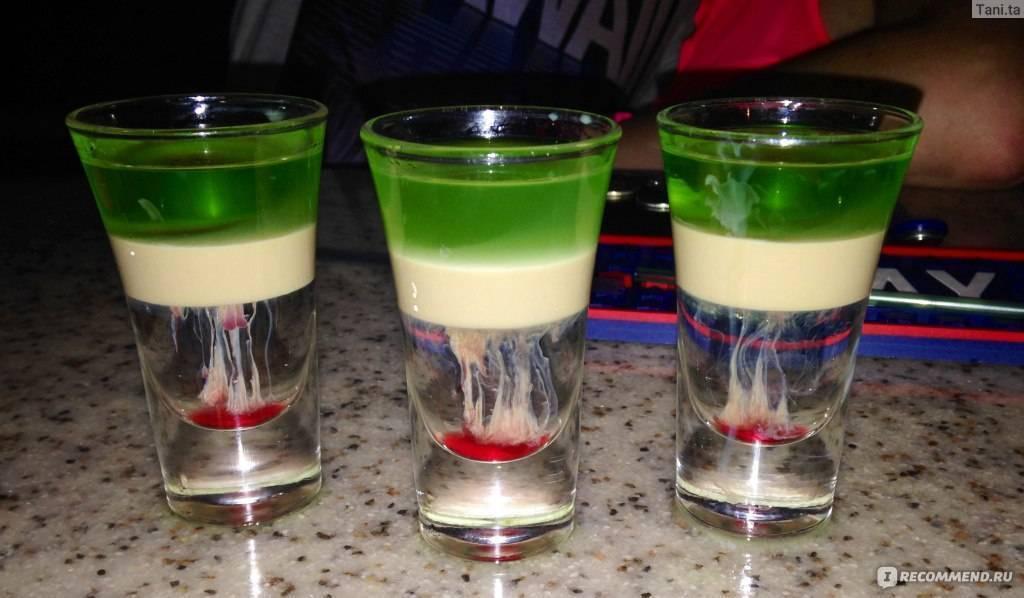 Коктейль шот медуза — коктейль с убойными щупальцами! состав и пропорции, последовательность изготовления. видеорецепты приготовления коктейля медуза