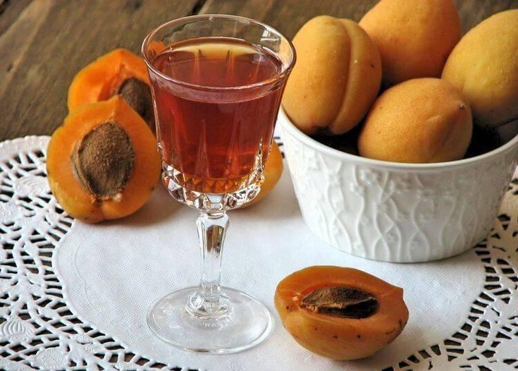 Готовим абрикосовый ликер и коктейли на его основе - я узнаю...