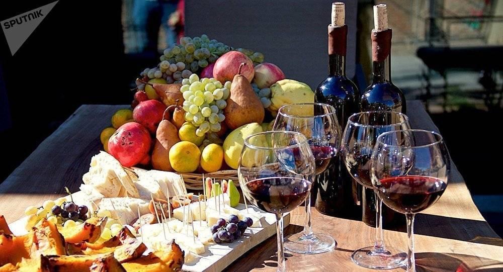 4 простых рецепта приготовления фруктового вина в домашних условиях