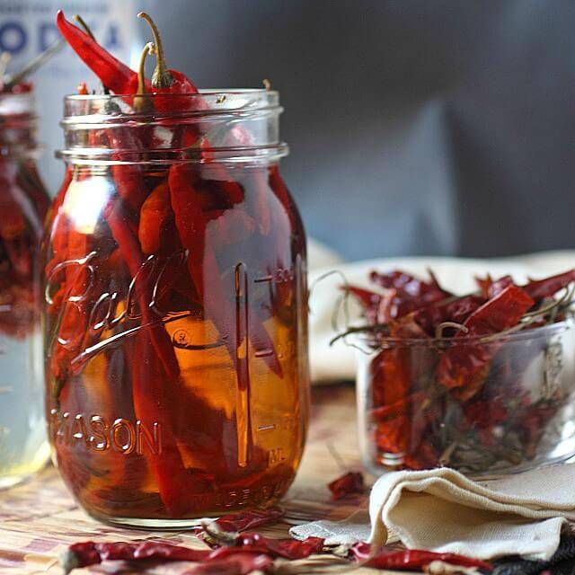 Водка и мед при простуде: рецепты, способы приготовления и приема