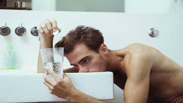 Нашатырный спирт от похмелья избавит и очистит организм от токсинов