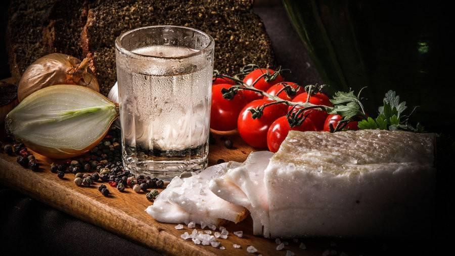Советы, как сделать самогон мягким и приятным на вкус