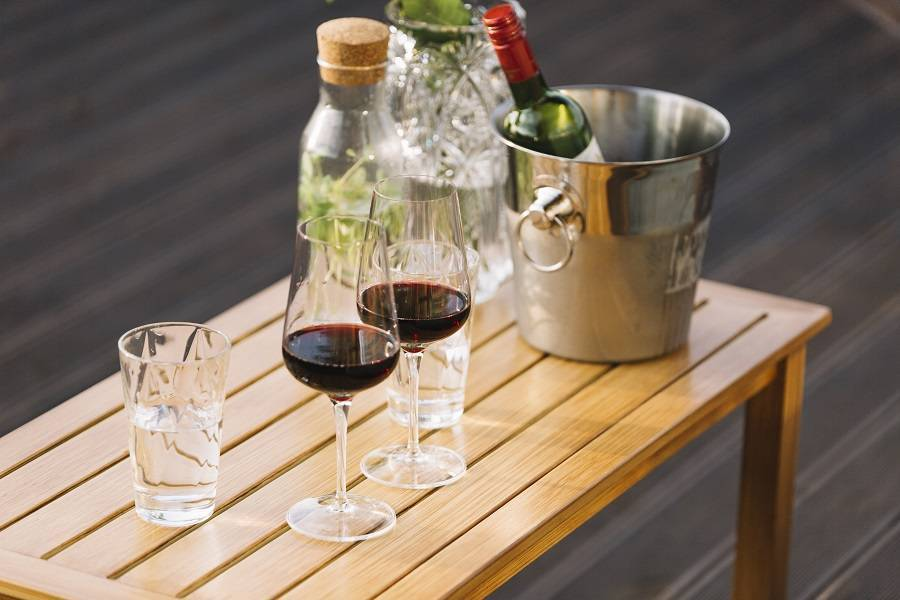 Разбавлять ли вино водой?