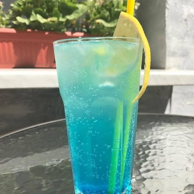 Готовим сами коктейль голубые гавайи - лучшие рецепты блюд - vkusnoepitanie.ru