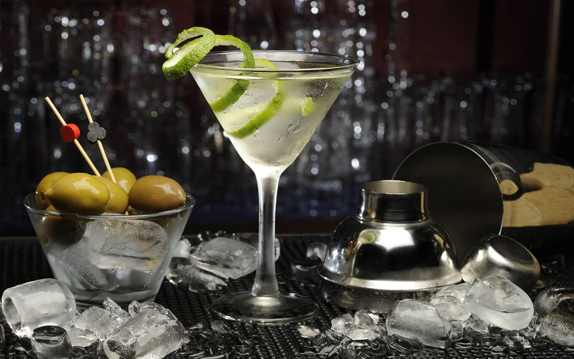 Как правильно пить мартини «бьянко» (martini bianco) и что подать к столу