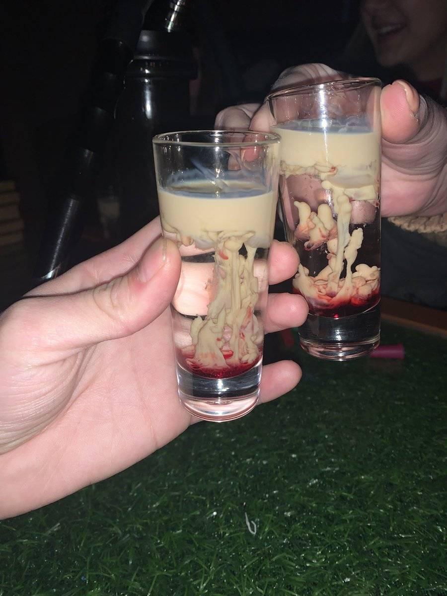 """Коктейли """"взрыв мозга"""" - страшные и забавные идеи для вечеринки"""