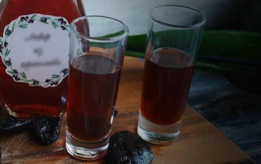 Сливовое вино: простой рецепт в домашних условиях, как делать вино из слив своими руками
